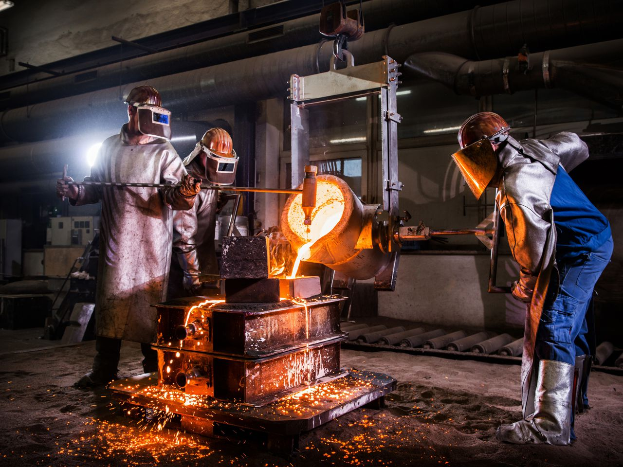ACTech team is woring on steel casting
